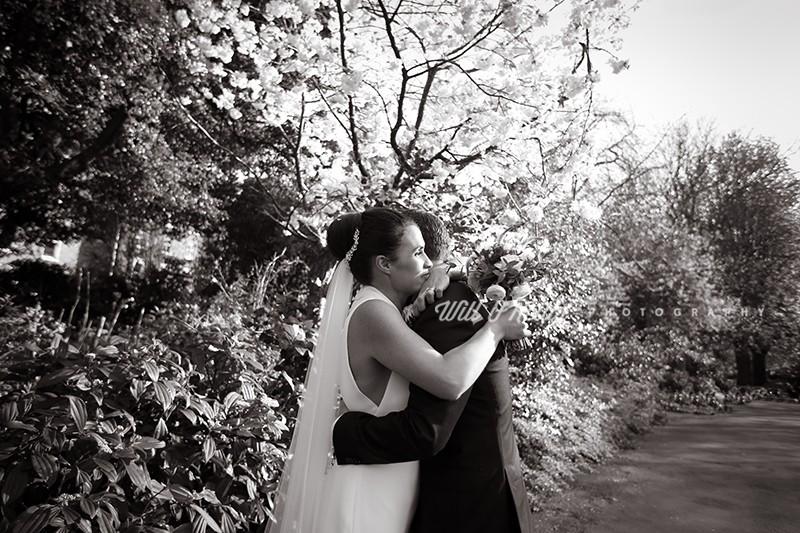 Cliff Townhouse Wedding Photos – Niki & Shane